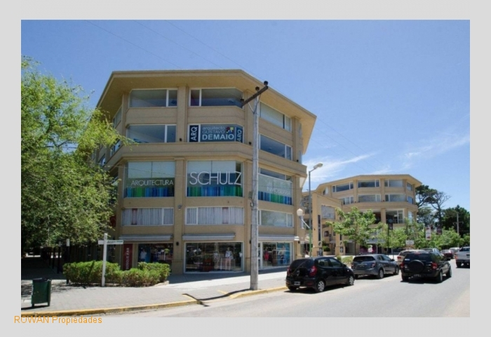 Local comercial N°50 en VENTA - Shopping